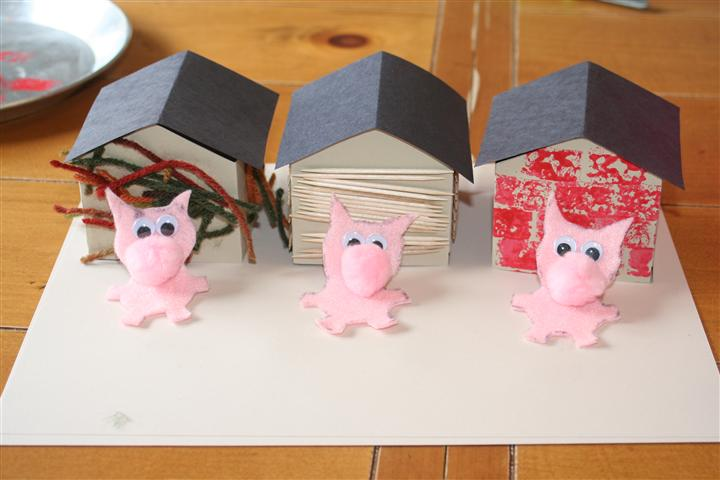 3 Little Pig Houses