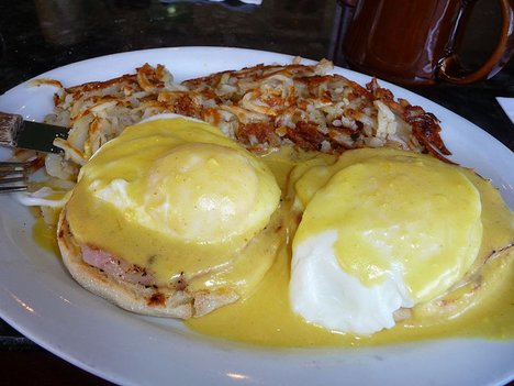 Make Eggs Benedict